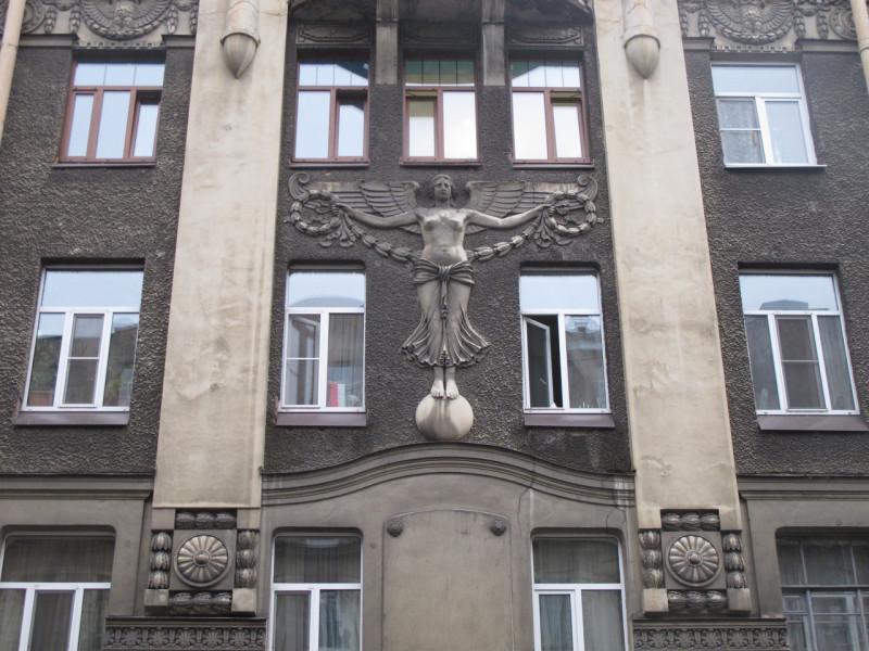 """Дом с ангелом. Фото: vk.com/""""Редкий Петербург"""""""