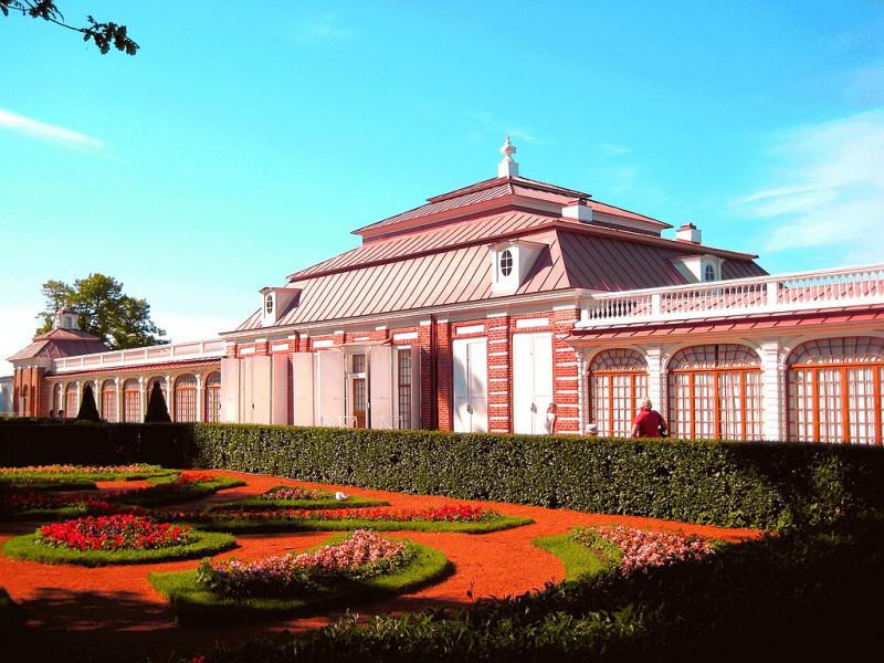 Дворец Монплезир: восточная часть Нижнего парка, Петергоф. Фото: GAlexandrova