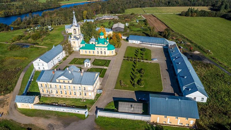 Введено-Оятский женский монастырь в Ленинградской области. Фото: Timin Ilya