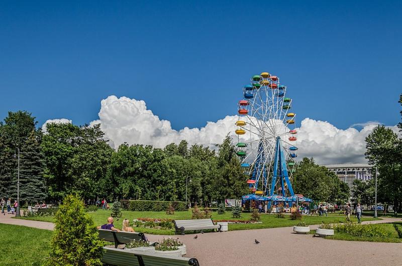 Парк Победы в Московском районе. Фото: Florstein (WikiPhotoSpace)