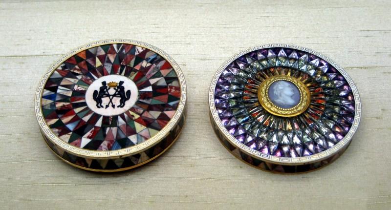 Табакерки из коллекции Эрмитажа. Мастер И. Кайзер. Источник: https://commons.wikimedia.org/