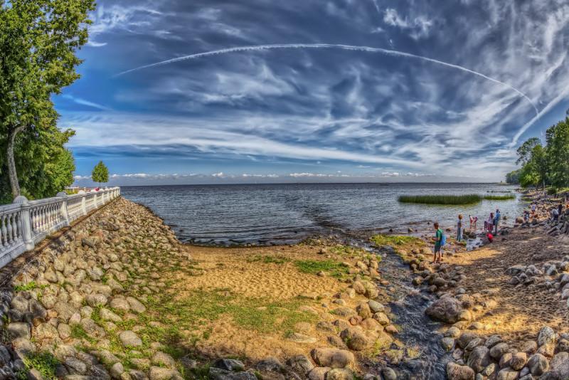 Пляж в Петергофе. Автор фото: Вячеслав Мишин