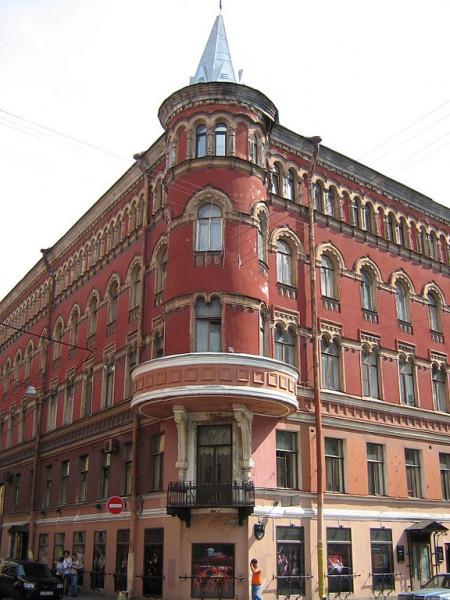 Улица Рубинштейна, дом 18. Фото: Potekhin (Wikimedia Commons)