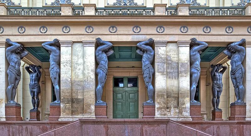 Портик Нового Эрмитажа. Автор: Canes, Wikimedia Commons