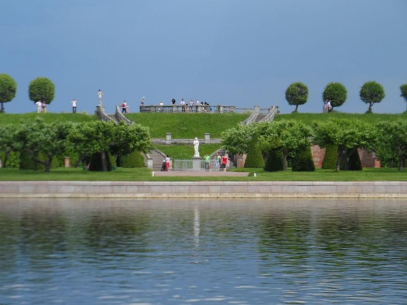 Сад Венеры у дворца Марли. Фото с Википедии, архив