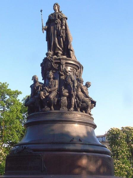 Памятник Екатерине II. Автор фото: Christian Bickel (Fingalo) из Wikimedia Commons