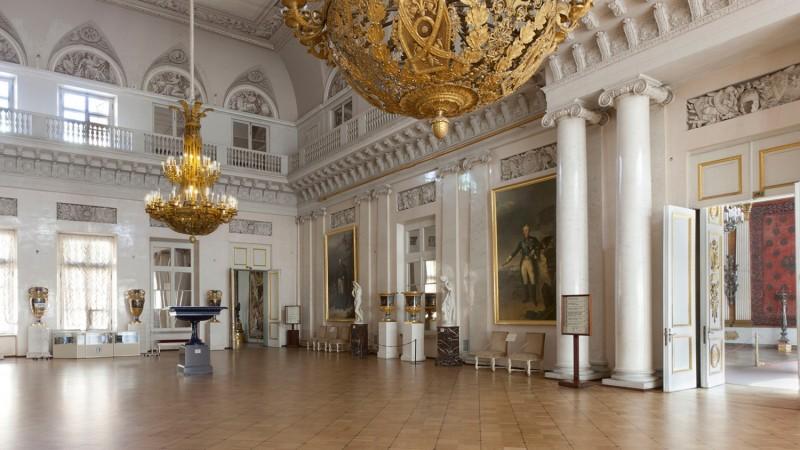 Фельдмаршальский зал, источник фото: http://www.hermitagemuseum.org/wps/portal/hermitage/explore/buildings/locations/room/B10_F2_H193