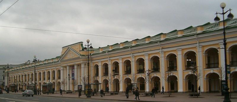 Гостиный двор. Автор фото: Potekhin (Wikimedia Commons)