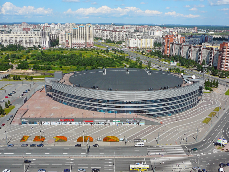 Ледовый дворец. Автор: АлексейОбыкновенный, Wikimedia Commons