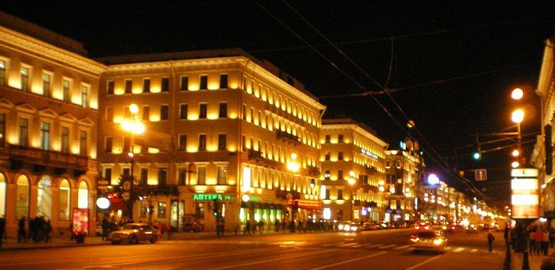 Невский проспект, источник фото: Wikimedia Commons, Автор: user:AndreyA