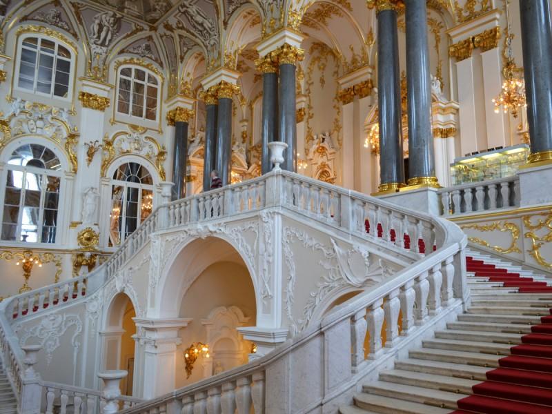 Иорданская лестница, источник фото: http://www.hellopiter.ru/The_state_hermitage.html