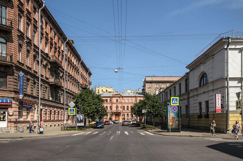 Улица Маяковского в Санкт-Петербурге. Автор фото: Florstein (WikiPhotoSpace)