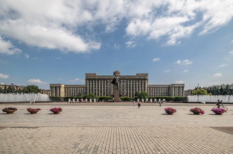 Московская площадь в Санкт-Петербурге, источник фото: Wikimedia Commons, Автор фотографии: Florstein (WikiPhotoSpace)