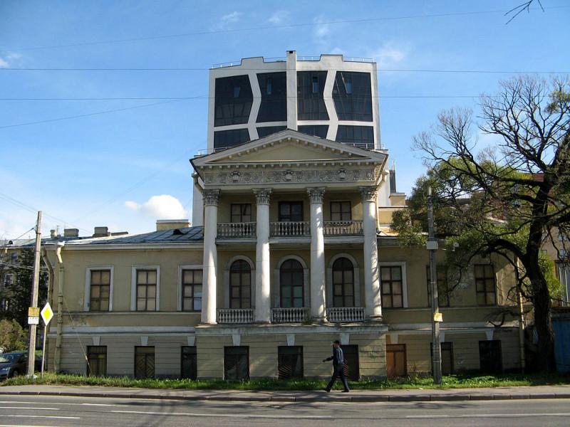 Адмирала Лазарева наб., 10. Дом Глуховского,  21 августа 2014 г. Фото: Екатерина Борисова (Wikimedia Commons)