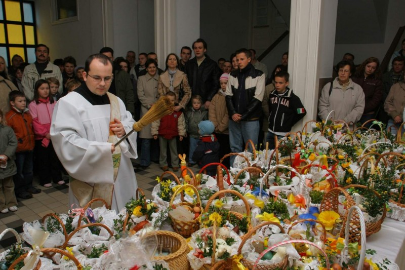 Католическая Пасха, источник фото: https://www.methgag.com/easter-polish-customs-traditions/