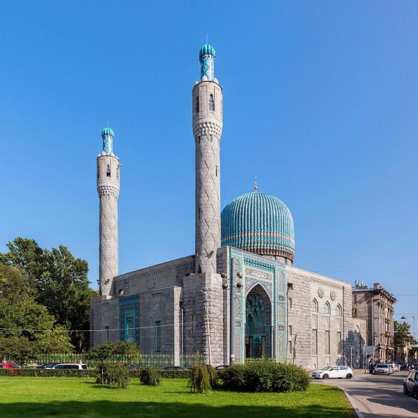 Петербургская соборная мечеть. Автор фото: Florstein (WikiPhotoSpace)