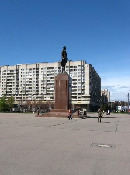 Памятник Петру I. Автор: Yanyarv, Wikimedia Commons