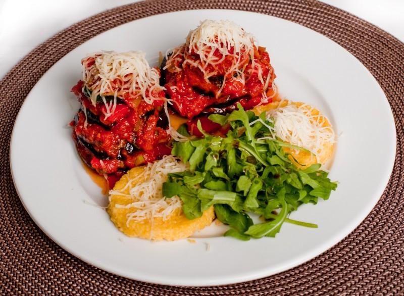 """Рататуй - овощное блюдо прованской кухни, которое даже стало """"героем"""" всемирно известного мультика, источник фото: https://vk.com/club458721"""