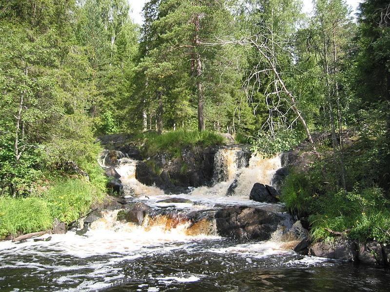 Рускеальские водопады, верхний водопад, источник фото: Wikimedia Commons Автор: Dims