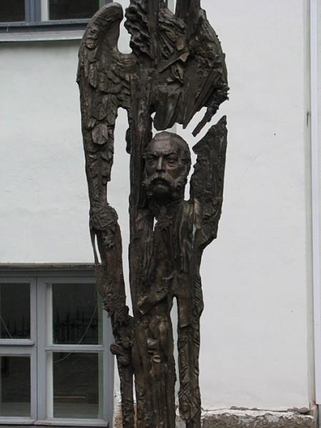 Скульптура памяти императора Александра II, источник фото: http://shelomova.livejournal.com/11236.html Автор: shelomova
