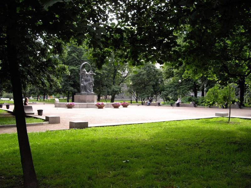 Сквер Низами. Автор фото: Alexander Potekhin (Wikimedia Commons)