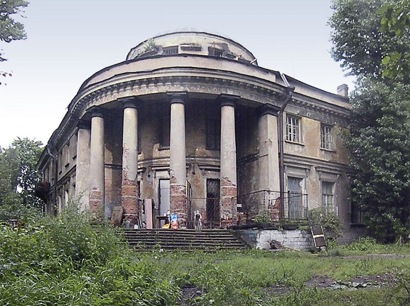 Уткина дача. Автор фото: Витольд Муратов (Wikimedia Commons)