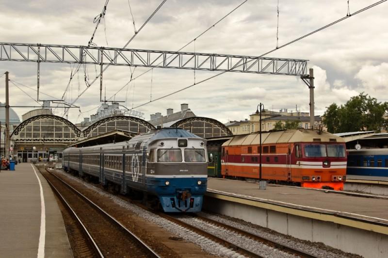 Витебский вокзал. Пригородные поезда