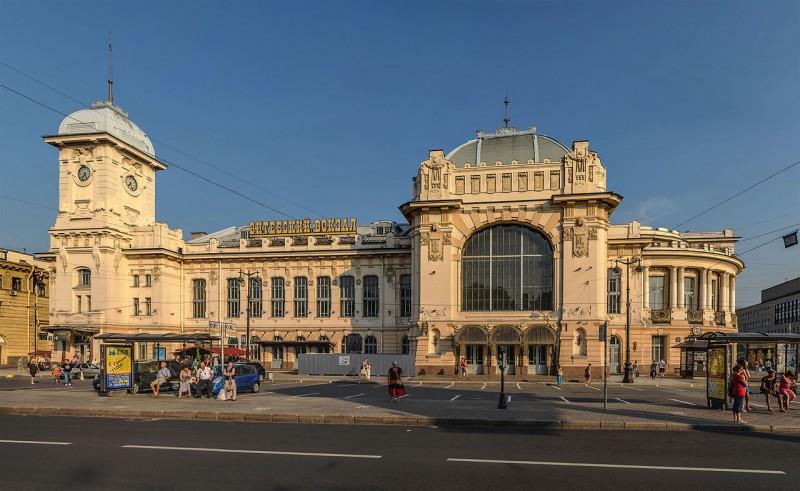 Витебский вокзал в Санкт-Петербурге. Автор фото: Florstein (WikiPhotoSpace)