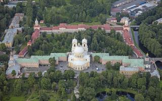Александро-Невская Лавра. Фото: Andrew Shiva