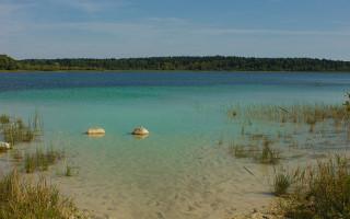 Донцо. Пляж / Lake beach. Фото: S Petr