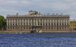 Мраморный дворец. Фото6 A.Savin (Wikimedia Commons · WikiPhotoSpace)