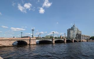 Сампсониевский мост в Санкт-Петербурге. Фото: Florstein (WikiPhotoSpace)
