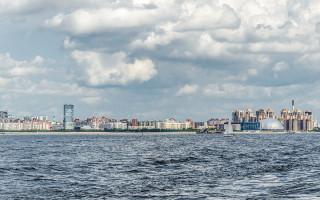 Вид на Приморский район с Финского залива. Фото: Alex 'Florstein' Fedorov