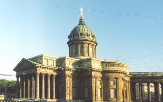 Южный и восточный фасады Казанского собора. Фото: Витольд Муратов