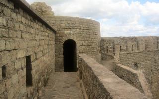 Ивангородская крепость. Фото: S URALA (Wikimedia Commons)