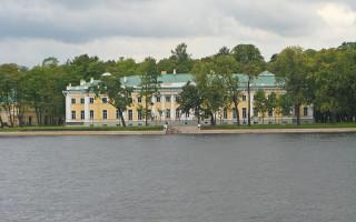 Каменноостровский дворец. Фото: Екатерина Борисова (Wikimedia Commons)