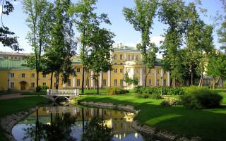 Усадьба Державина Г. Р., р. Фонтанки наб., 118. Фото: Александров (Wikimedia Commons)