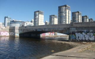 Морская набережная в Санкт-Петербурге. Фото: Ua1-136-500 (Wikimedia Commons)