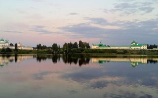 Александро-Свирский монастырь в Ленинградской области. Фото: Δημήτριος (Wikimedia Commons)