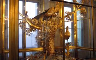 Часы-павлин. Государственный Эрмитаж. Источник: 1.https://uk.wikipedia.org/