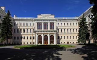 Аничков дворец. А. Савин https://commons.wikimedia.org/