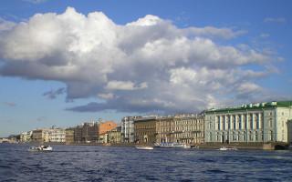 Дворцовая набережная. Фото: Magnus Manske (Wikimedia Commons)