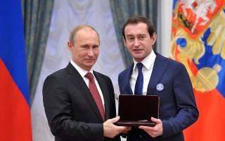 Церемония вручения государственных наград РФ, 26 декабря 2012 года, источник фото: http://www.kremlin.ru/events/president/news/17198/photos