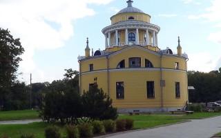 Благовещенская церковь. Автор: Peterburg23, Wikimedia Commons