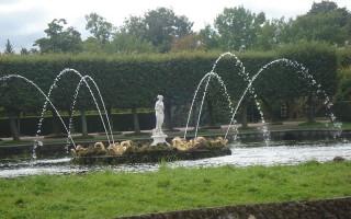 Петергоф. Верхний сад. Фонтаны Квадратных прудов