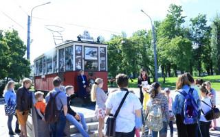 12 лет назад на проспекте Стачек заложили памятник Блокадному трамваю. Фото: vk.com/spbgupget