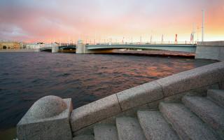Тучков мост в летний вечер, Санкт-Петербург