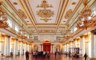 Бесплатные дни в музеях Санкт-Петербурга