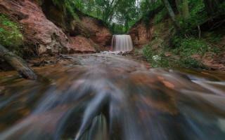 Горчаковщинский водопад. Фото: National Geographic Россия.