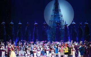 """Спектакль-феерия в 2-х частях: """"Рождественская сказка"""" на Новой сцене Мариинского театра"""